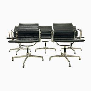 Chaises de Salle à Manger Pivotantes Modèle EA108 en Cuir Noir par Charles & Ray Eames pour Vitra, 1990s, Set de 5