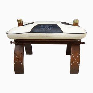 Otomana vintage africana de cuero y madera, años 70