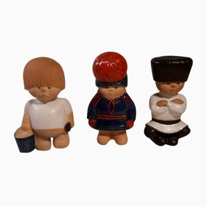 Statuette Children of the Earth in ceramica di Lisa Larson per Rörstrand, anni '80, set di 3