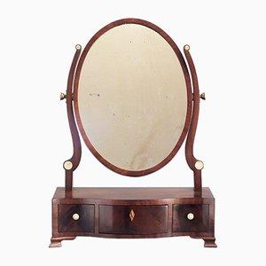 Antiker ovaler georgianischer Tischspiegel mit geschwungenem Rahmen aus Mahagoni, 1790er