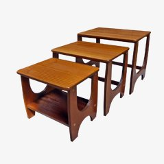 Tables Gigognes Mid-Century en Teck, Angleterre, 1960s, Set de 3