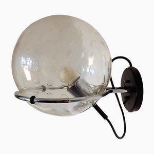 Lámpara de pared modelo C-1725 esférica de cristal de Raak, años 70