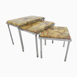 Tavolini ad incastro Hollywood Regency vintage in metallo cromato e marmo, anni '60