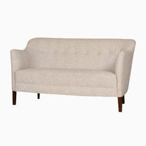 Kleines dänisches Mid-Century Sofa aus hellgrauer Wolle, 1940er