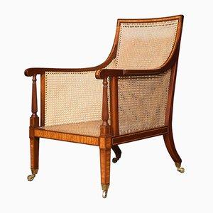 Antiker Bergère Armlehnstuhl aus Mahagoni & Seidenholz mit Intarsien