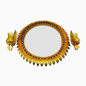 Juego de espejo y apliques de hierro forjado dorado de Ferro Art, años 50