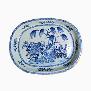 Bandeja china antigua de porcelana en azul cobalto, década de 1760