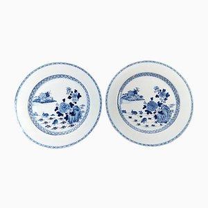 Große antike chinesische Porzellanteller in Kobaltblau, 1760er, 2er Set