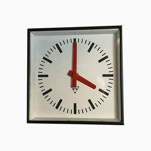 Reloj de fábrica checoslovaco cuadrado de Pragotron, años 60