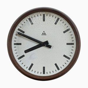 Reloj de pared de baquelita de Pragotron, años 60