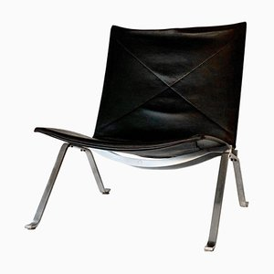 Vintage Model PK22 Black Leather Lounge Chair by Poul Kjærholm for Fritz Hansen