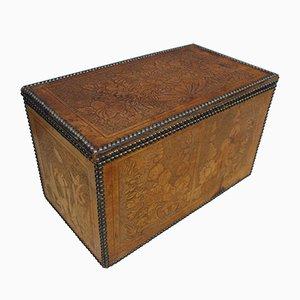 Caja de almacenamiento victoriana antigua de roble y cuero