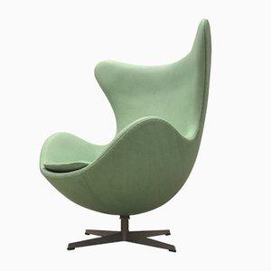 Fauteuil Egg Vintage Vert Menthe par Arne Jacobsen pour Fritz Hansen, 1960s