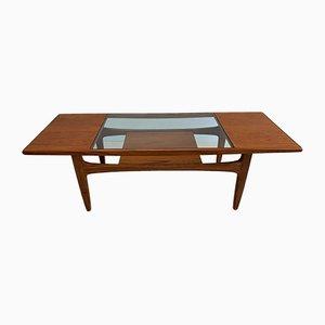 Mesa de centro vintage de teca de Victor Wilkins para G-Plan, años 60