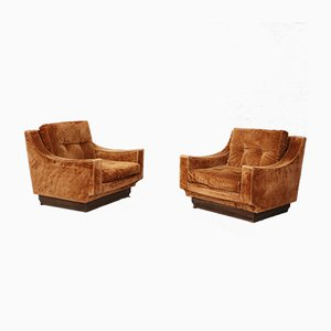 Mid-Century Orange Velvet Lounge Chairs by Luciano Frigerio, 1970s, Set of 2