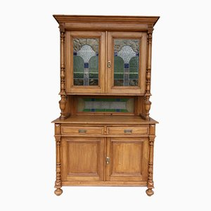 Buffet antico in legno tenero e vetro colorato