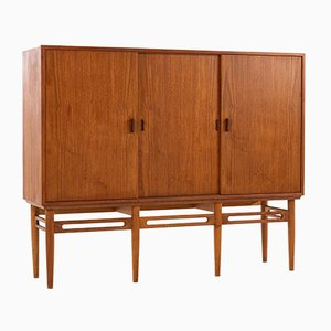 Mid-Century Danish Teak Model 90 Sideboard by Illum Wikkelsø for Søren Willadsen Møbelfabrik, 1950s