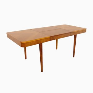 Tavolo da pranzo in legno di Jindřich Halabala per UP Závody, anni '40