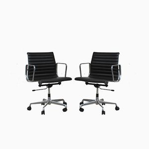 117 Swivel Chairs by Charles & Ray Eames for ICF De Padova, 1970s, Set of 2