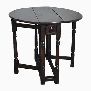 Small 18th Century English Oak Side Table