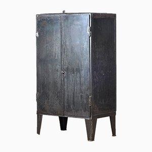 Industrieller Vintage Eisenschrank, 1960er