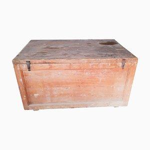 Große italienische Vintage Kiste aus Fichtenholz, 1920er