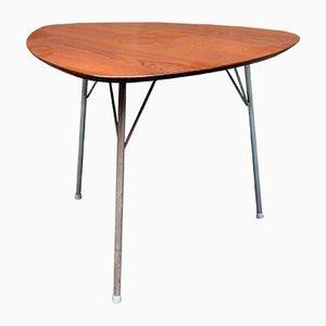 Tavolino da caffè triangolare Mid-Century in teak di Arne Jacobsen per Fritz Hansen, Danimarca, anni '60