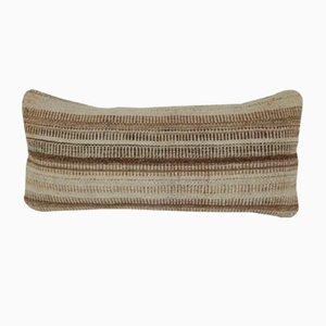 Housse de Coussin Kilim Lumbar Rayée par Vintage par Pillow Store; Turquie