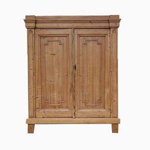 Mueble antiguo provincial de madera blanda