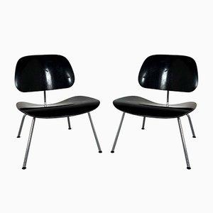 Chaises Longues LCM Noires par Charles & Ray Eames pour Vitra, années 90, Set de 2