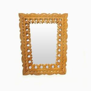 Espejo checo de madera tallada a mano, años 50