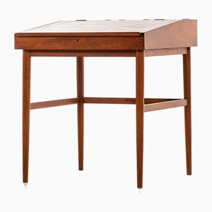 Danish Model NV-40 Desk by Finn Juhl for Niels Vodder, 1950s