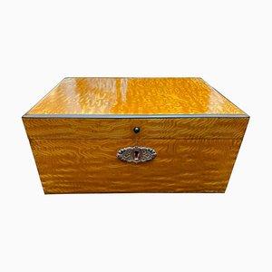Caja austriaca de fresno Biedermeier, década de 1820