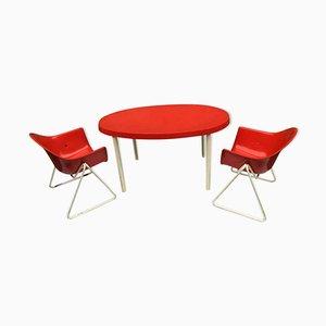 Mesa infantil y sillas de Walter Papst para Wilkhahn, años 60. Juego de 3