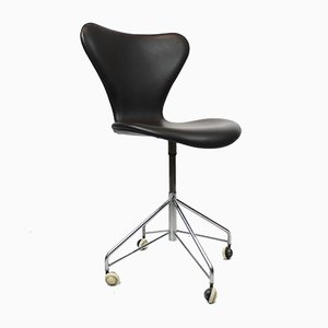 3117 Schreibtischstuhl von Arne Jacobsen für Fritz Hansen, 1950er
