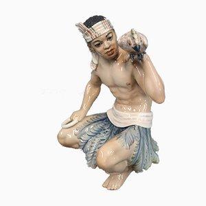 Statuetta orientale di un uomo sudanese in porcellana di Jens Peter Dahl-Jensen, anni '20