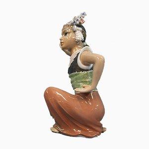 Statuetta orientale di ballerina di Moulia in porcellana di Jens Peter Dahl-Jensen, anni '20