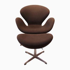 Swan Chair & Stool by Arne Jacobsen for Fritz Hansen, 2001, Set of 2