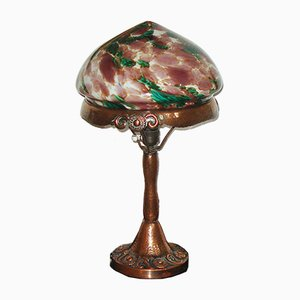 Lámpara de mesa sueca modernista antigua de cobre martillado