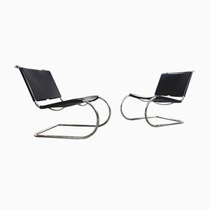 Mid-Century Black Leather Model MR 30/5 Lounge Chairs by Ludwig Mies van der Rohe for Knoll Inc. / Knoll International, Set of 2