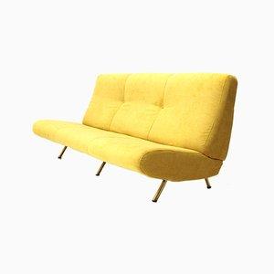 Sofá de tres plazas Mid-Century de terciopelo amarillo de Marco Zanuso para Arflex, años 50