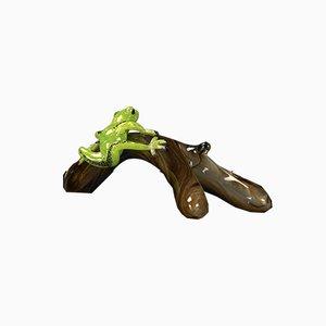 Branch with Frog Skulptur von VGnewtrend