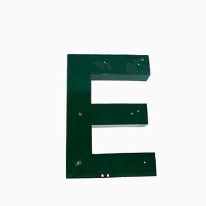 Letra E vintage grande de metal verde, años 60