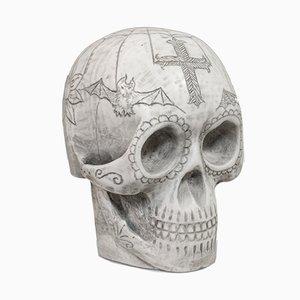 Dekorativer Totenkopf aus Marmor mit Ornament von Dominic Hurley, 1980er