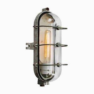 Aplique industrial vintage de hierro fundido y vidrio claro de Industria Rotterdam, años 50