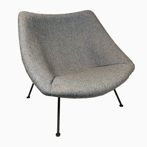 Mid-Century Model F157 Oyster Lounge Chair by Pierre Paulin for Artifort