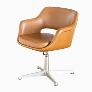 Super Kilta Swivel Chair by Olli Mannermaa for Mobilplast, 1970s