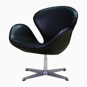 Danish Leather Armchair by Arne Jacobsen for Fritz Hansen, 1982