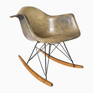 Sedia a dondolo di Charles & Ray Eames per Zenith Plastics, anni '50