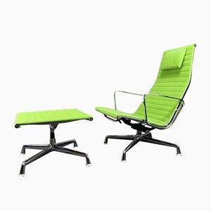 Modell EA124 Sessel und Modell EA125 Hocker Set von Charles & Ray Eames für Vitra, 1970er
